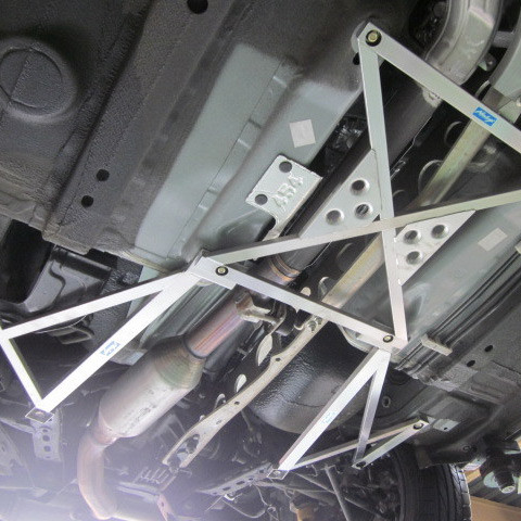 Nielex Magical Cross Bracing (2.0L Chassis)