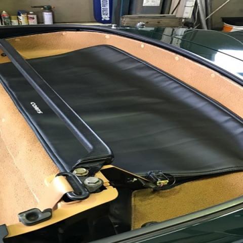 Car Make Corn's Window Cover