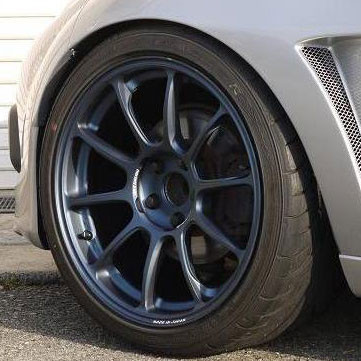 "RAYS Volk Racing ZE40 18"" Wheel"