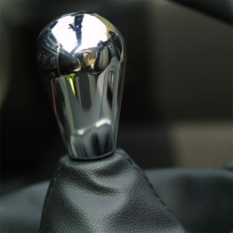 Nielex Oval Chrome Shift Knob